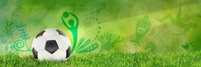 Piłka na trawie murawa puchar gwiazdy piłkarz piłka nożna biało czarna piłka