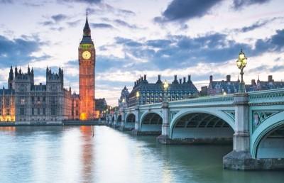 Most Big Ben zegar latarnie wieczór pałac