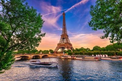 Wieża Eiffla Paryż statki natura most