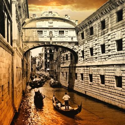 Weneckie gondole Wenecja zabytkowa Sepia