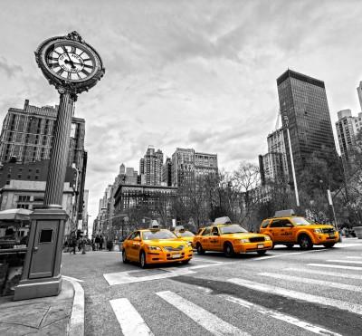 New York Taxi żółte taksówki na szarym tle