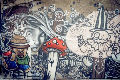 Graffiti na murze  muchomor