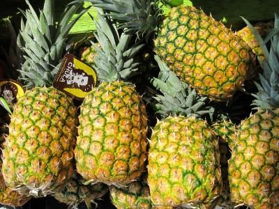 ananas, owoce